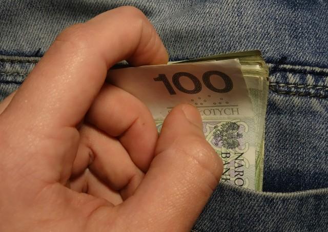 8 Cara Sederhana Menghemat Uang Untuk Jalan-jalan