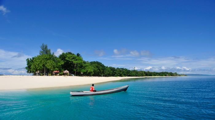 Foto: http://www.jpnn.com/picture/normal/20160607_183714/183714_761525_Pulau_Morotai_besar.jpg