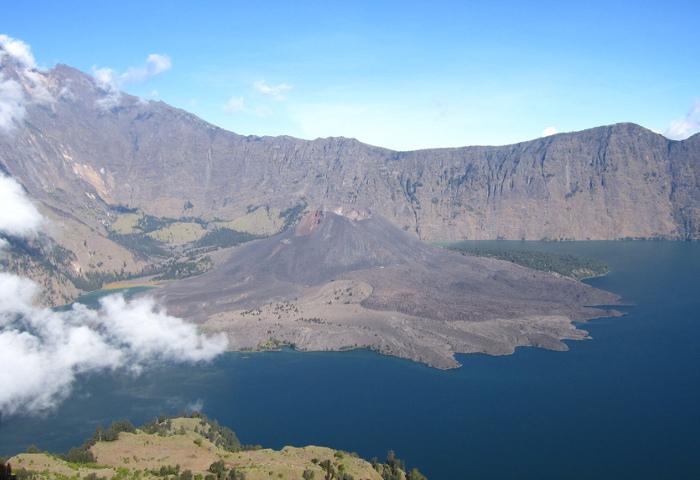 8 Hal Tentang Gunung Rinjani Yang Sebaiknya Kamu Tahu