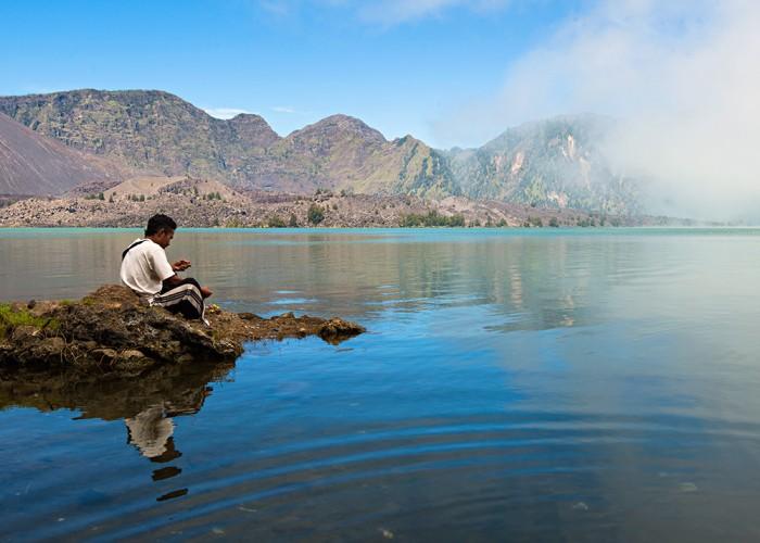 6 Hal Tentang Danau Segara Anak Yang Perlu Kamu Tahu